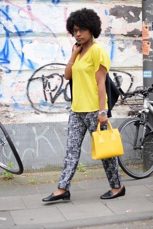 couleurs-vives-bureau-jaune