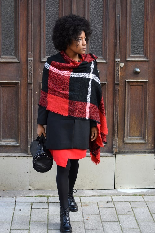écharpe en laine facon poncho