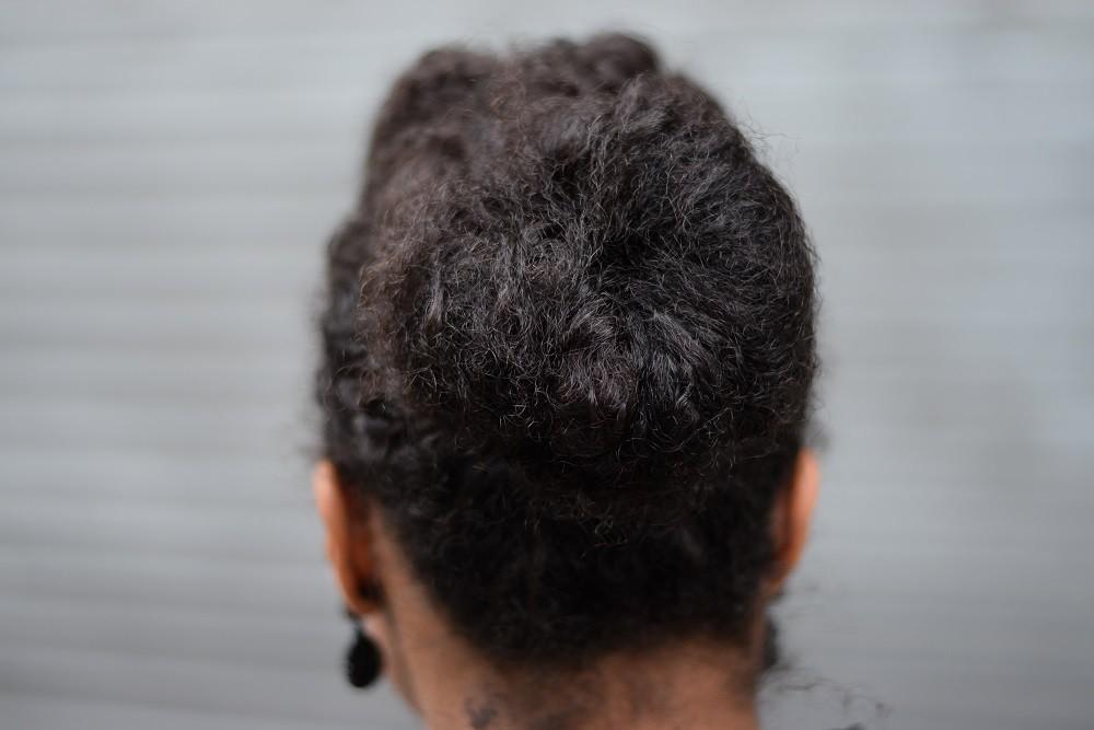 Idées de coiffures pour aller au bureau deadlines dresses