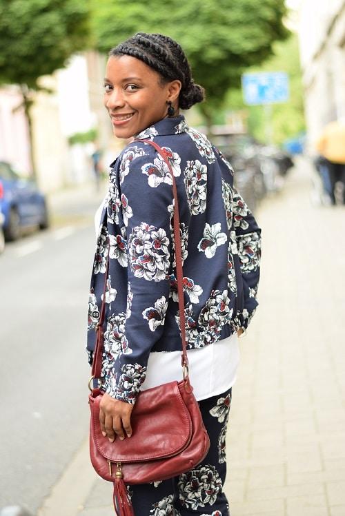 tailleur-pantalon-imprimé-floral-dos