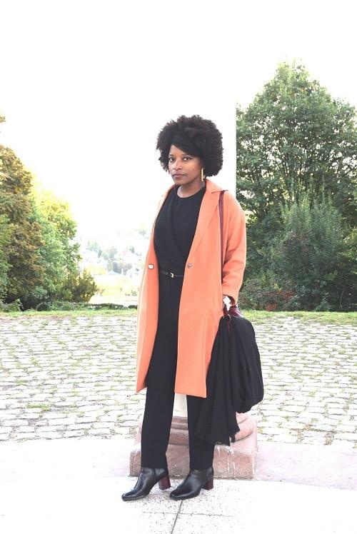 portrait-combinaison-jumpsuit-overall-manteau-orange