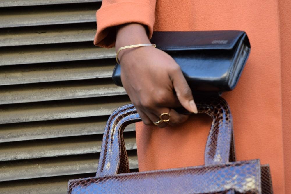 accessoires-dores-et-vintage-jupe-crayon-fendue-orange