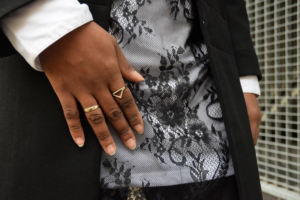 details-robe-en-dentelle