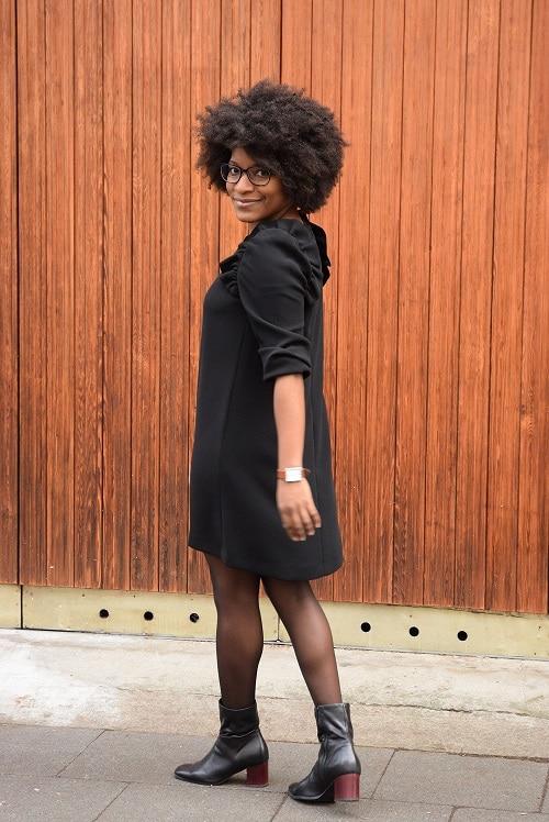 petite robe noire de dos