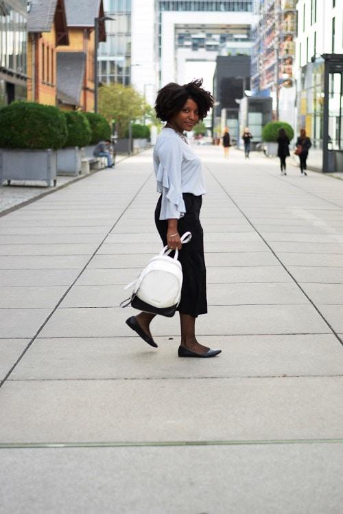 jupe-culotte fluide noire en ville
