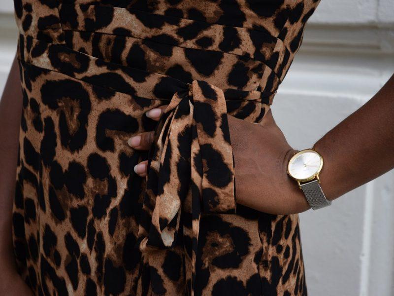 robe portefeuille léopard lien taille montre cluse