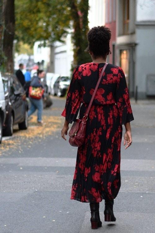 robe longue fleurs rouges