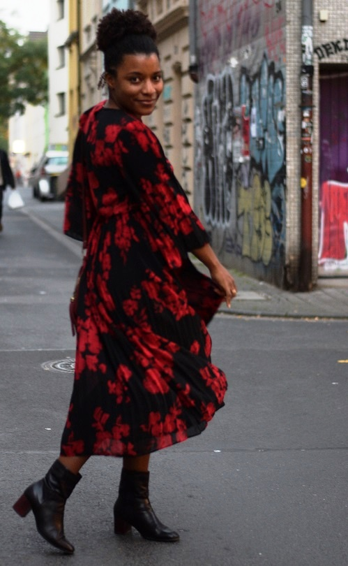Robe longue rouge a fleur