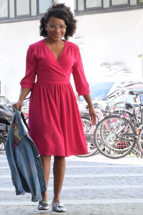 robe rose les petites gros plan